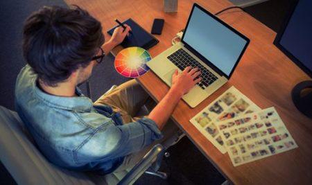 Comment utiliser les réseaux sociaux pour développer son réseau professionnel à Bordeaux